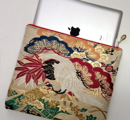 ipad-sleeve-recycled-kimono